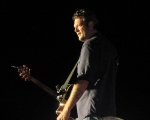 Blake Shelton performing a free concert for the troops at Fort George G. Meade Maryland